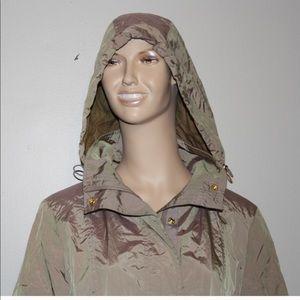 Cole Haan packable rain coat w/case NWOT⭐️⭐️⭐️⭐️⭐️